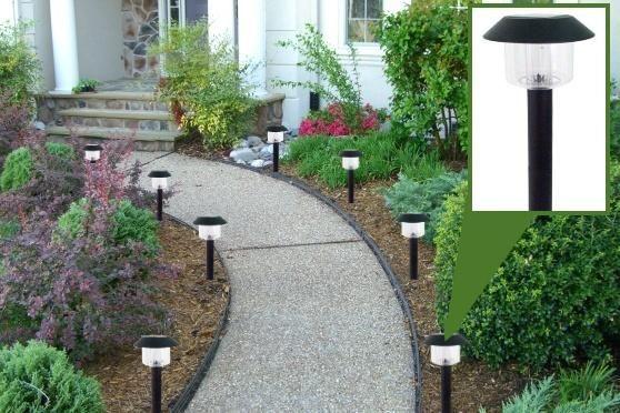 Фото - ліхтарики для саду для підсвічування доріжки в темний час доби