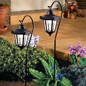 Фото - садові ліхтарики в класичному стилі