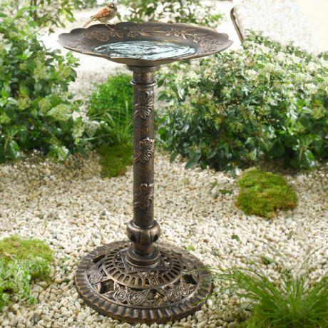 Фото - купальня для птахів - оригінальний ландшафтний елемент