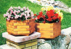 Фото - вазони для квітів як імітація плетеного кошика