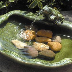 Фото - Ексклюзивний садовий фонтан з штучної чашею і скульптурою