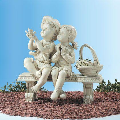 Фото - Зворушливі садові фігурки - чудовий ландшафтний елемент
