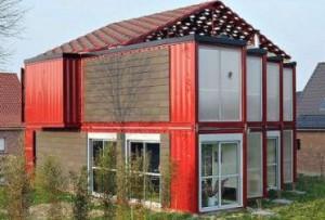 Будинки з контейнерів - різноманітність варіантів і особливості будівництва