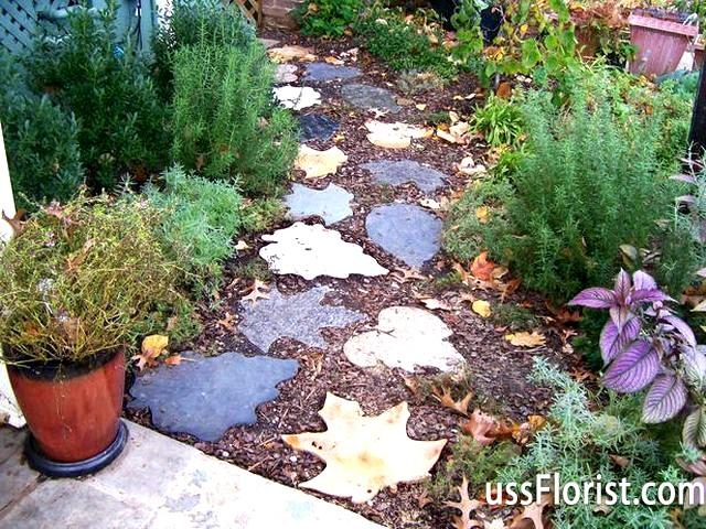Фото - Декоративні доріжки в саду