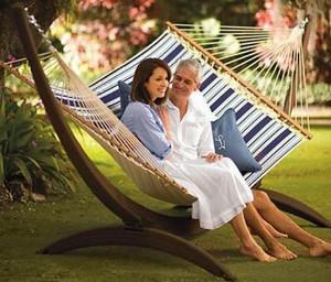 Гамаки для дачі - прекрасний спосіб зняти напругу і розслабитися