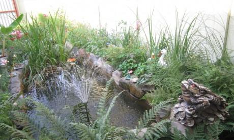 Фото - фонтан в дизайні дачі