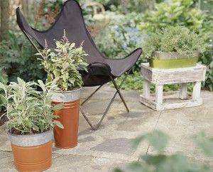 Фото - приклад вінтажного дизайну саду