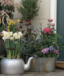 Фото - популярний вінтажний стиль в оформленні саду