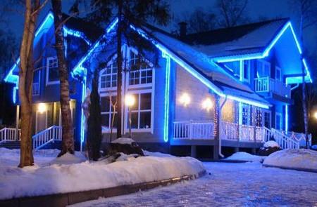 Фото - приватний будинок освітлення