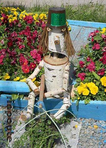 Фото - садова фігура з поліна