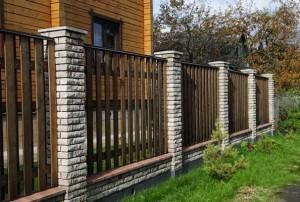 Будівництво паркану на дачі своїми руками