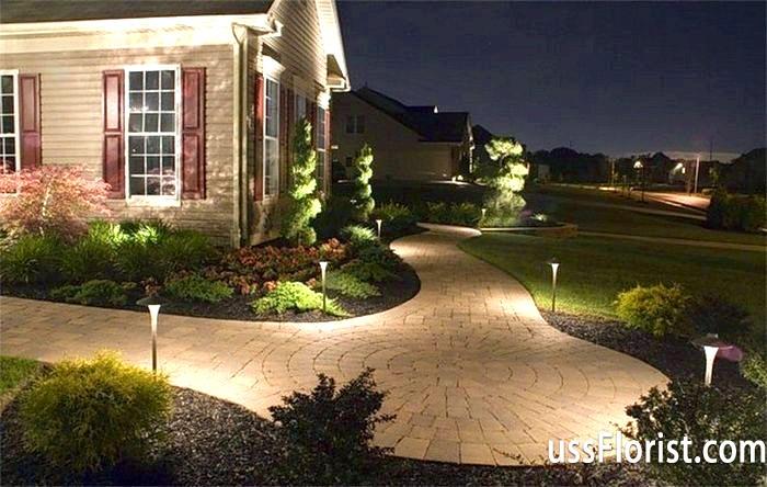 Вечірнє освітлення - елемент садового ландшафтного дизайну