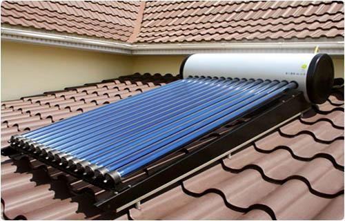 Фото - акумулятор природної сонячної енергії з баком