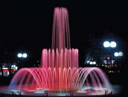 Фото - красивий фонтан