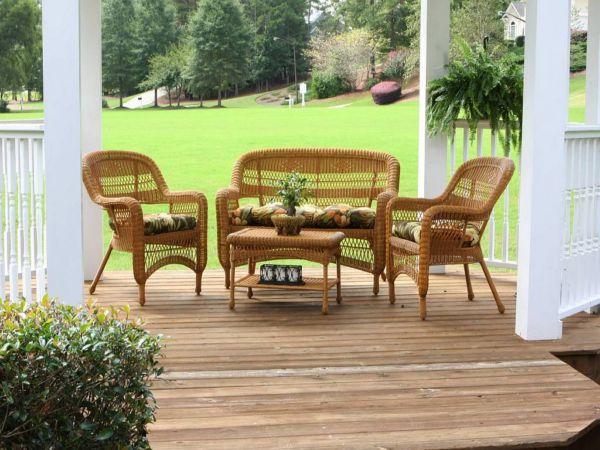 Фото - Плетені меблі для саду