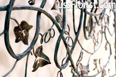 Огорожа прикрасить сад в стилі кантрі – фото