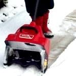 Електролопата для прибирання снігу