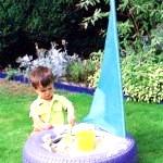 Як зробити дитячу пісочницю на дачі