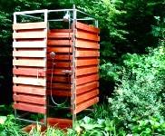 Літній душ на дачі. Кабіни для душу в городі