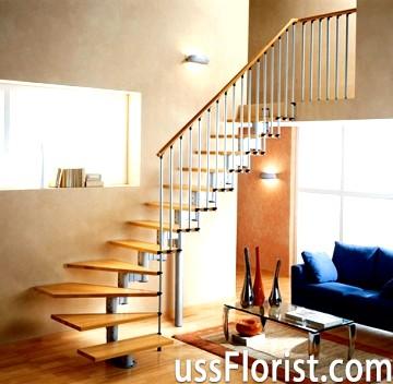 Модульні сходи на другий поверх заміського будинку