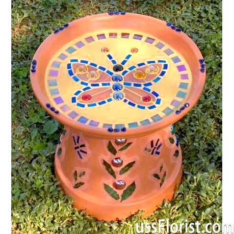 Садовий дизайн. Мозаїка для прикраси садових меблів