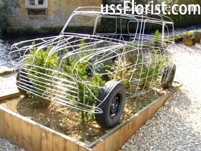 Каркасний топиарий ретро-авто – фото